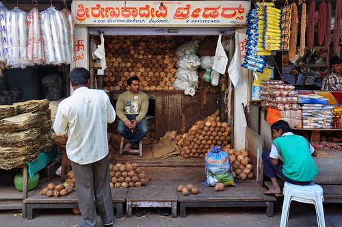 india karnataka mysore devarajamarket coconuts asienmanphotography