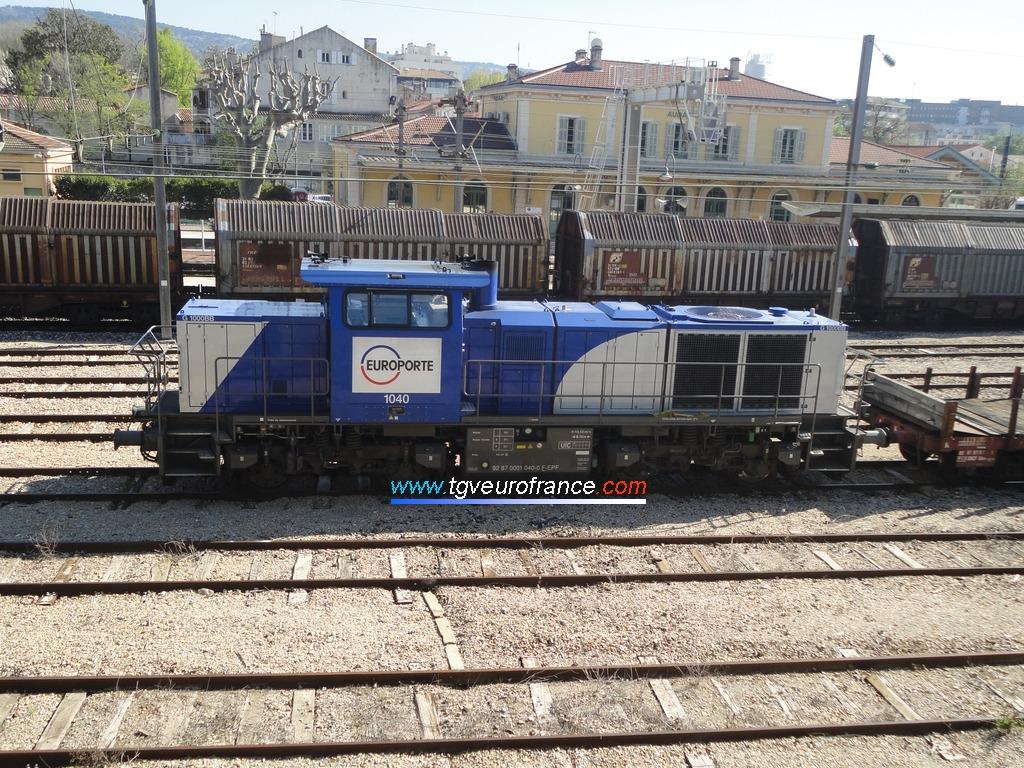 La locomotive Diesel G 1000 BB Vossloh 1040 en livrée Europorte