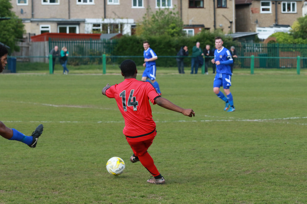 North Greenford Utd v Sutton Common Rovers