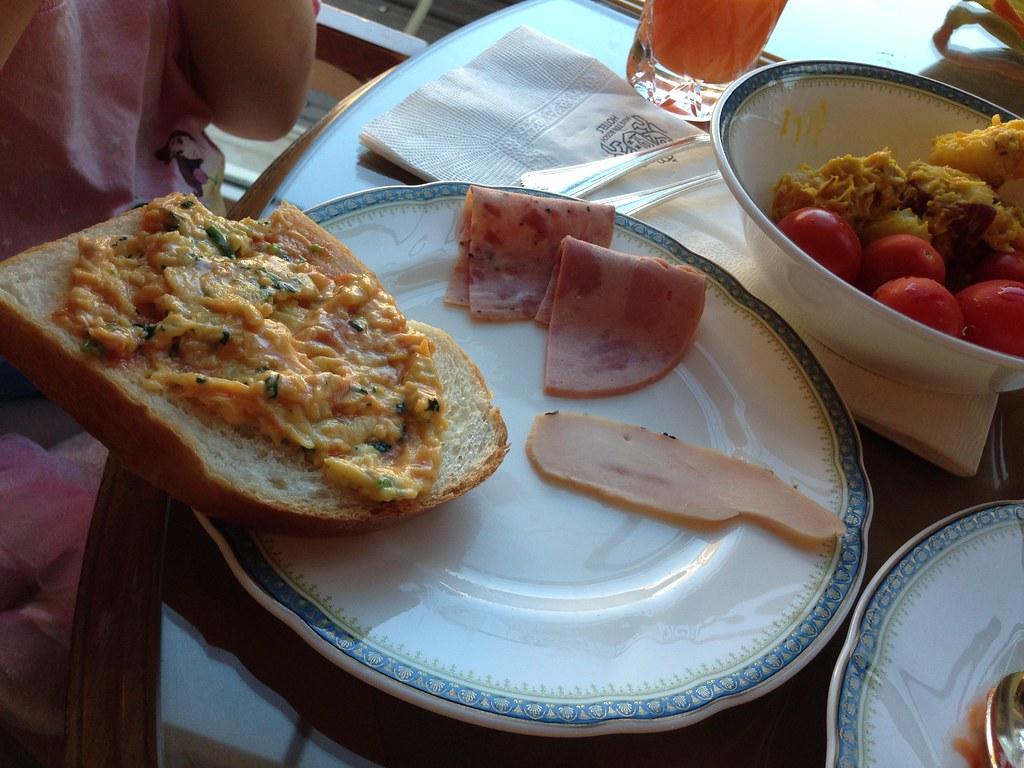 ホテルヨーロッパ_朝食パン