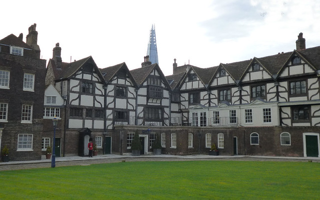 Houses on tower green