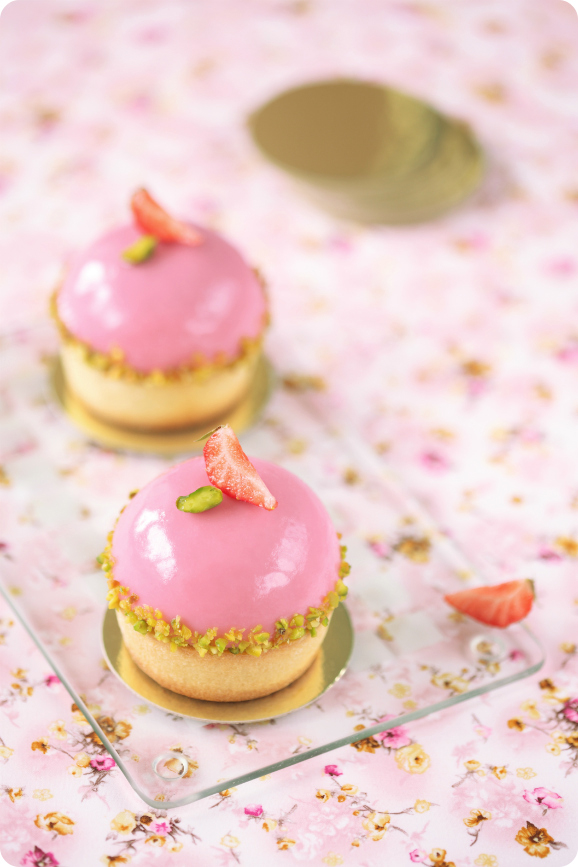 Pistachio and Wild Strawberries Tarts
