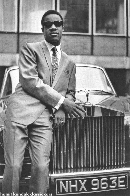 Stevie Wonder outside of EMI Records in Manchester Square,… | Flickr