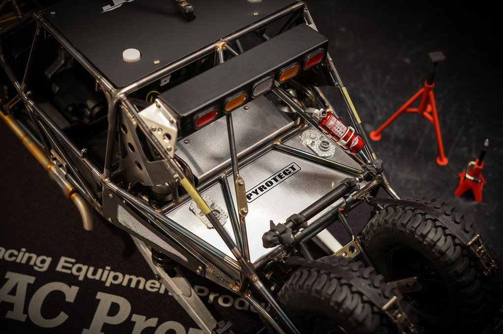 10th Scale RC Axial YETI Trophy Truck Custom Roll cage | Flickr