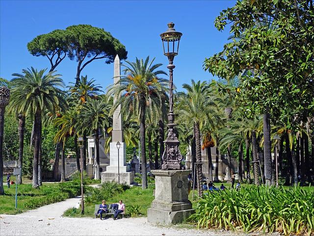 Le jardin de la Villa Torlonia (Rome)