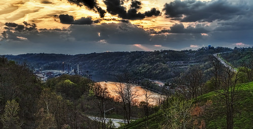 ultravividimaging ultra vivid imaging ultravivid colorful canon canon5dmk2 clouds stormclouds scenic vista river boat pennsylvania panoramic pa sunsetclouds sunset
