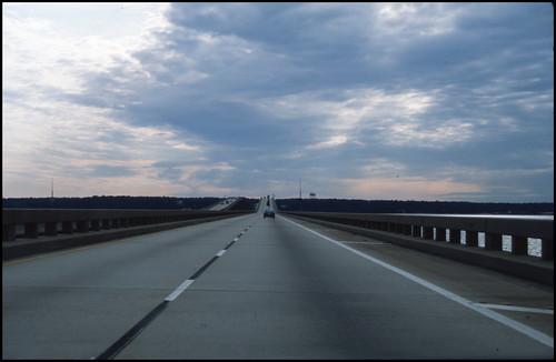 natuurverschijnsel verkeersbrug ontheroad sunset wegenwaterbouwkwerken travel brug verenigdestaten autoreizen analoog wolken florida unitedstates pensacola