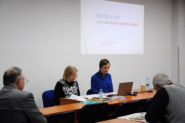 Czech-Republic-2017-01-24-Lecture Explains How the Media Control Opinion