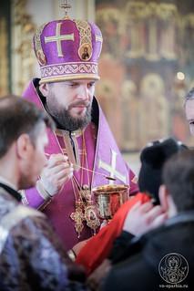 Литургия в Покровском соборе 355