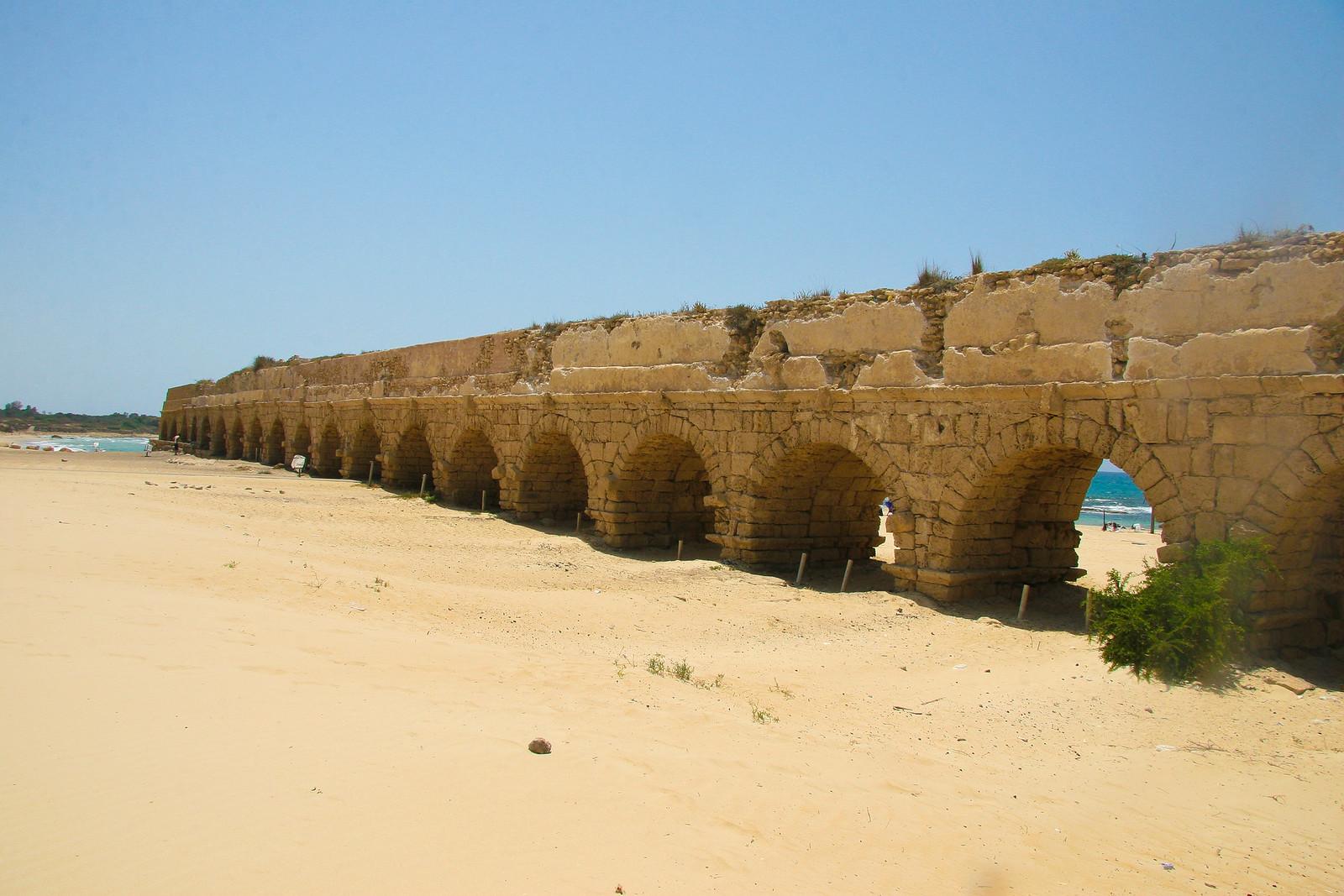 Caesarea_ aqueduct_ Dana Friedlander _ IMOt