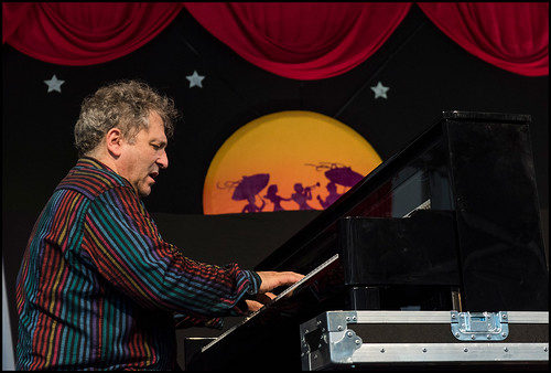 David Torkanowsky performing with Stanton Moore during Jazz Fest day 2 on April 29, 2017. Photo by Ryan Hodgson-Rigsbee www.rhrphoto.com