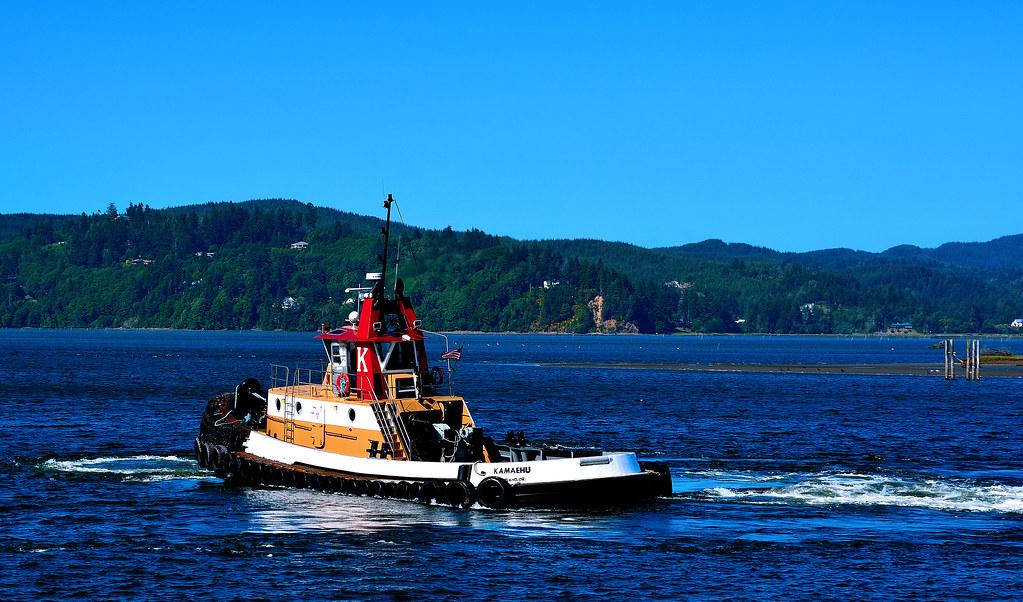 Big K | The Knutson Towboat Companies' Kamaehu Tug in the Co