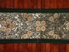 roof beam detail: roses