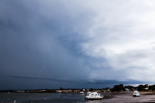 cloudsweather victoriapt storm clouds thunderstorm lightning queenalsnd australia other places