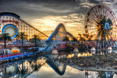 sunset disneyland mickeymouse rollercoaster disneycaliforniaadventure paradisepier hdraward ringexcellence dblringexcellence
