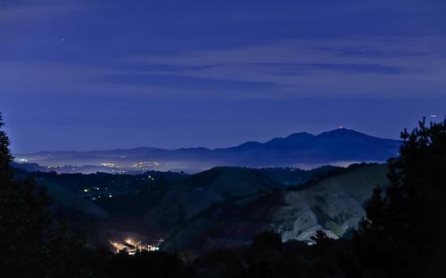 california morning blue winter black color fog dark oakland nikon over bayarea 24 eastbay bluehour february mtdiablo alamedacounty 2014 d700 hillerhighlands