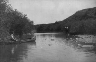 Fishing near Moose Jaw, Saskatchewan / Une partie de pêche près de Moose Jaw (Saskatchewan)
