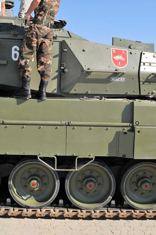 Leopard 2E (5)