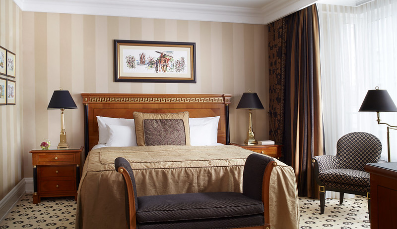 Ritz Carlton Berlin_Bedroom