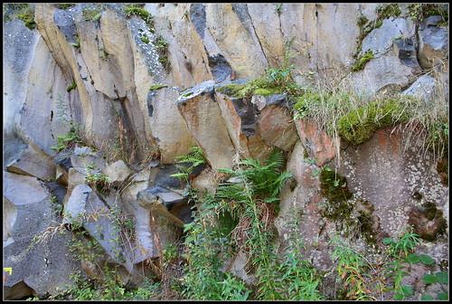 Anciennes coulées basaltiques  34320890186_52dea1cbf3