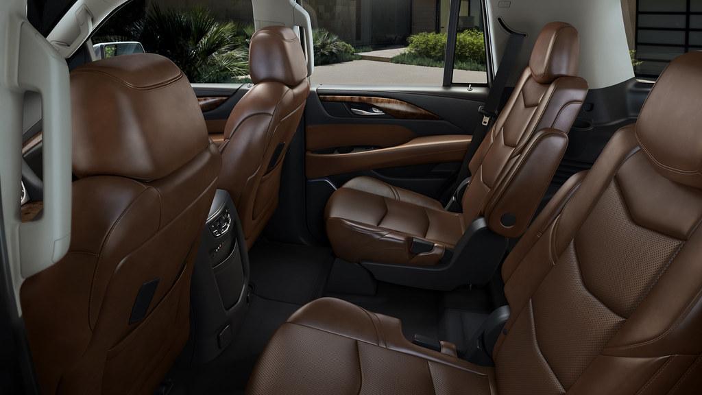 2015 Cadillac Escalade | The 2015 Escalade interior features