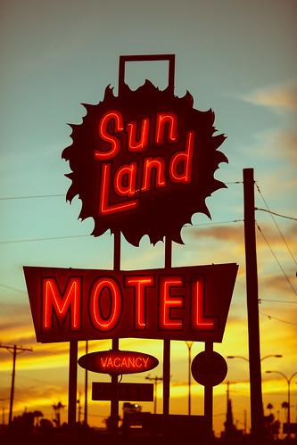 arizona mesa sunlandmotel usa unitedstates unitedstatesofamerica motel neon sunset fav10 fav25 fav50 fav100