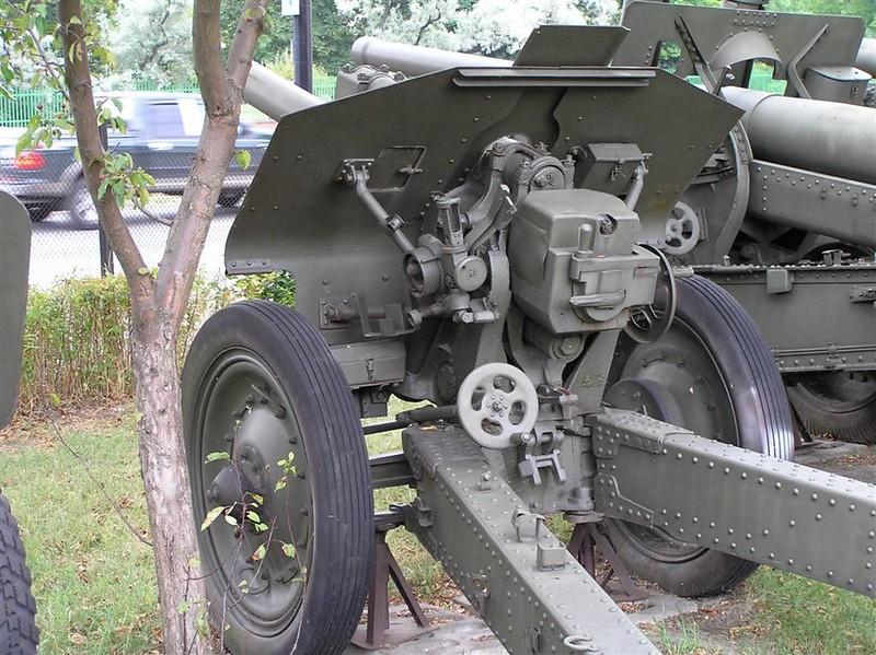 122 mm Howitzer (M-30) mod. 1939 5