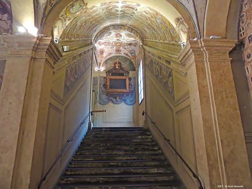 Bologna Archiginnasio scalone dei Legisti