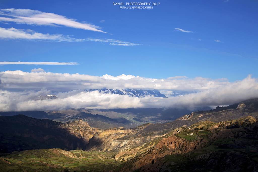 Cañón de Palca y faldas del Illimani