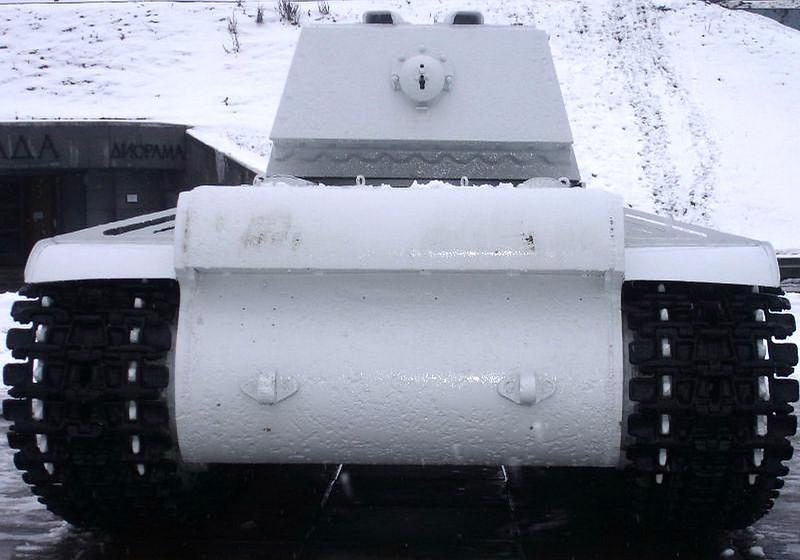 KV-1 Kirovsk (8)