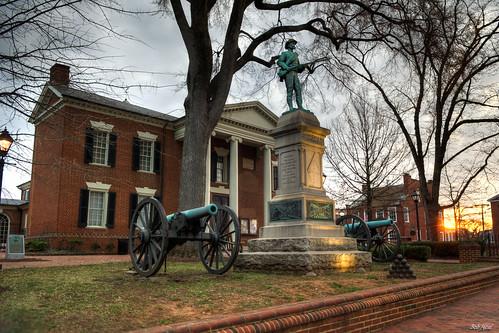 statue sunrise soldier dawn virginia nikon confederate charlottesville hdr lightroom photomatix nikkor1755mmf28g bobmical twocannons