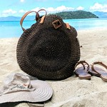 Ready for work, play & anything in between :) #Aranaz tote #Grendha #flipflops & #Columbia #hat #romblown away si #TitaAuntMay
