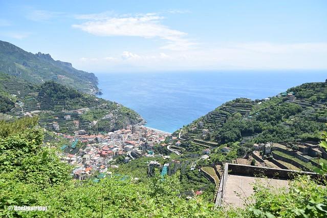 Rinne- ja merimaisema Ravellosta Amalfin rannikolla