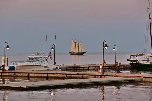 yorktown virginia yorkriver harbor ship boat sailboat sunset dusk