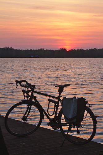 bycicle fahrrad bicicleta unisee bremen sunrise