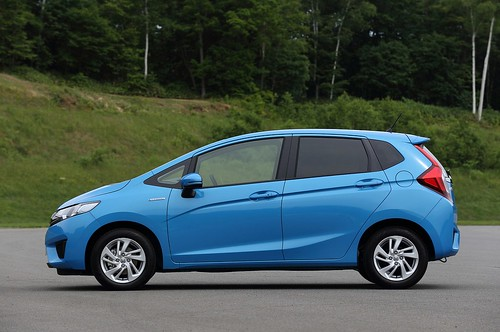 2014-honda-jazz-2015-honda-fit-photo-gallery-1080p-13 Photo