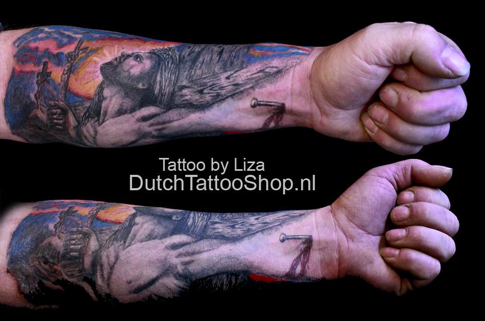 57e3ca11e jesus-jezus-3d-effect-arm-tattoo-kruis | Dutch Tattoo Shop | Flickr