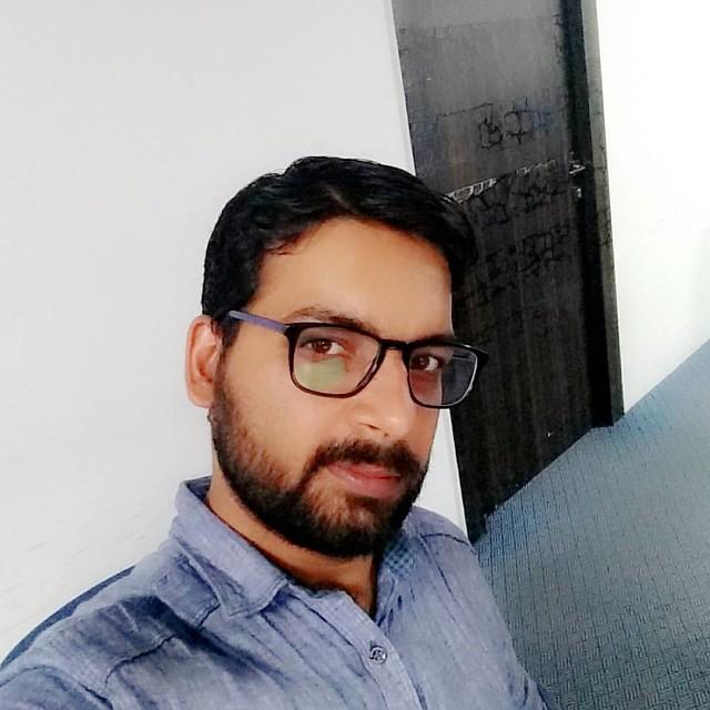 #selfie #office #good #friday #l4l #instapic #instagram #insta #work