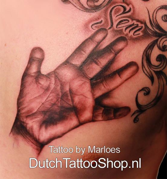 Kinder Hand Portret Tattoo Dutch Tattoo Shop Marloes Flickr