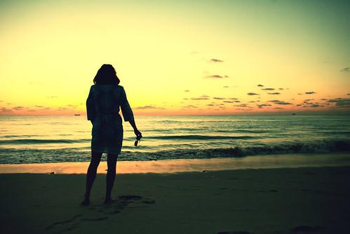 woman usa beach beautiful beauty silhouette sunrise pretty unitedstates julia florida fav50 miami unitedstatesofamerica spouse wife miamibeach southbeach juliapeterson fav10 fav25 fav100 mrsth