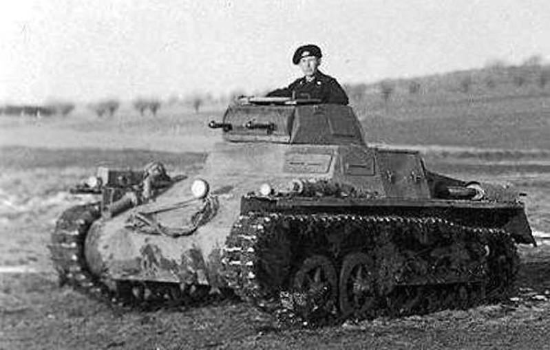 Panzer I & II (4)