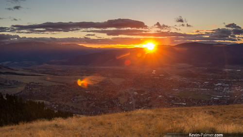 city november autumn sunset red orange sun fall grass clouds evening montana view scenic missoula vista setting mountsentinel tamron1750mmf28 pentaxk5 universitymountain