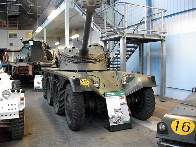 Panhard EBR Armoured Car (1)