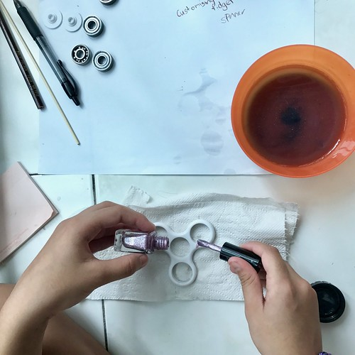 Making of customized Fidget Spinner | by RainbowDiaries Blogsite Singapore