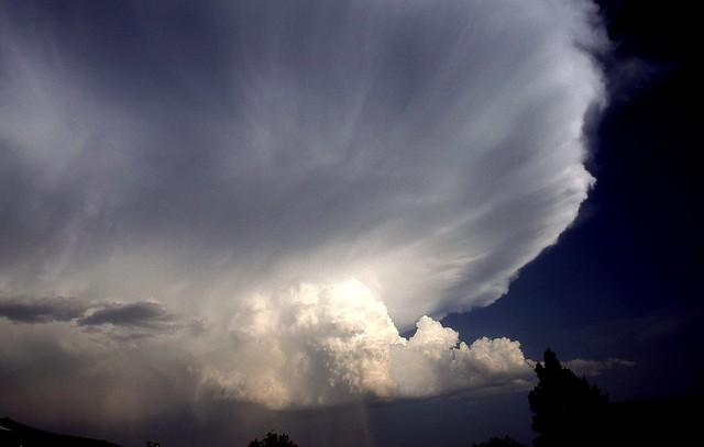 Rain and hail coming
