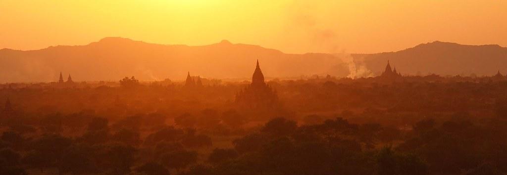 Sunset over Bagan (Myanmar 2013)