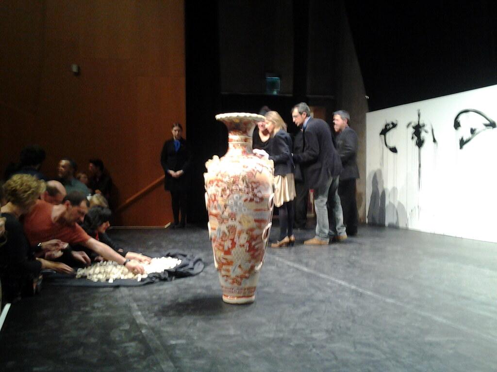 Yoko Ono Guggenheim Bilbao Promise Piece And Action Painti Flickr