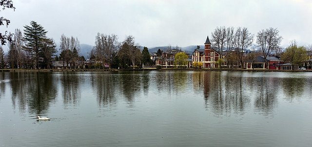 EL LAGO DE PUIGCERDA   -   THE LAKE OF PUIGCERDA