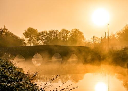 england unitedkingdom gb sturminsternewton northdorsetdistrict mist fog bridge riverstour reflection sun sunrise anthonywhitesphotography
