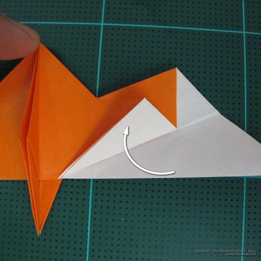 วิธีการพับกระดาษเป็นรูปไดโนเสาร์ (Origami Dinosaur) 016